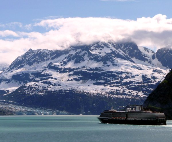 Alaska cruise in Glacier Bay